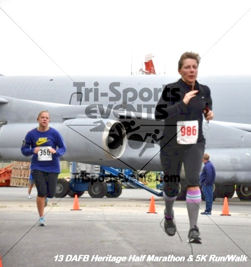 4th Dover Air Force Base Heritage 5K Run/Walk<br><br><br><br><a href='http://www.trisportsevents.com/pics/13_DAFB_Heritage_Half_Marathon_&_5K_035.JPG' download='13_DAFB_Heritage_Half_Marathon_&_5K_035.JPG'>Click here to download.</a><Br><a href='http://www.facebook.com/sharer.php?u=http:%2F%2Fwww.trisportsevents.com%2Fpics%2F13_DAFB_Heritage_Half_Marathon_&_5K_035.JPG&t=4th Dover Air Force Base Heritage 5K Run/Walk' target='_blank'><img src='images/fb_share.png' width='100'></a>