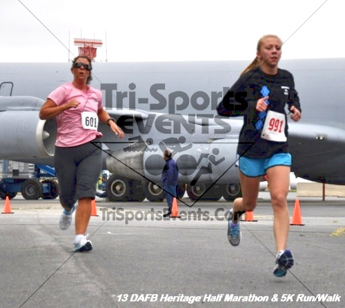 4th Dover Air Force Base Heritage 5K Run/Walk<br><br><br><br><a href='https://www.trisportsevents.com/pics/13_DAFB_Heritage_Half_Marathon_&_5K_051.JPG' download='13_DAFB_Heritage_Half_Marathon_&_5K_051.JPG'>Click here to download.</a><Br><a href='http://www.facebook.com/sharer.php?u=http:%2F%2Fwww.trisportsevents.com%2Fpics%2F13_DAFB_Heritage_Half_Marathon_&_5K_051.JPG&t=4th Dover Air Force Base Heritage 5K Run/Walk' target='_blank'><img src='images/fb_share.png' width='100'></a>