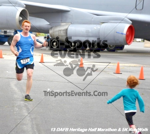 4th Dover Air Force Base Half Marathon<br><br><br><br><a href='http://www.trisportsevents.com/pics/13_DAFB_Heritage_Half_Marathon_&_5K_105.JPG' download='13_DAFB_Heritage_Half_Marathon_&_5K_105.JPG'>Click here to download.</a><Br><a href='http://www.facebook.com/sharer.php?u=http:%2F%2Fwww.trisportsevents.com%2Fpics%2F13_DAFB_Heritage_Half_Marathon_&_5K_105.JPG&t=4th Dover Air Force Base Half Marathon' target='_blank'><img src='images/fb_share.png' width='100'></a>