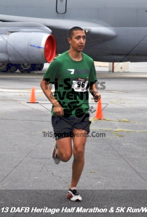 4th Dover Air Force Base Half Marathon<br><br><br><br><a href='http://www.trisportsevents.com/pics/13_DAFB_Heritage_Half_Marathon_&_5K_118.JPG' download='13_DAFB_Heritage_Half_Marathon_&_5K_118.JPG'>Click here to download.</a><Br><a href='http://www.facebook.com/sharer.php?u=http:%2F%2Fwww.trisportsevents.com%2Fpics%2F13_DAFB_Heritage_Half_Marathon_&_5K_118.JPG&t=4th Dover Air Force Base Half Marathon' target='_blank'><img src='images/fb_share.png' width='100'></a>