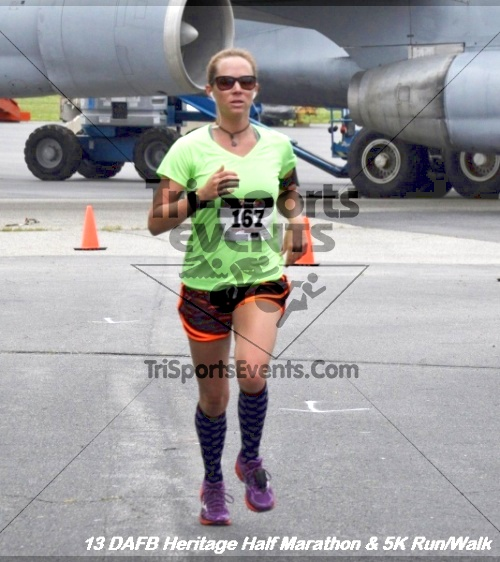 4th Dover Air Force Base Half Marathon<br><br><br><br><a href='http://www.trisportsevents.com/pics/13_DAFB_Heritage_Half_Marathon_&_5K_136.JPG' download='13_DAFB_Heritage_Half_Marathon_&_5K_136.JPG'>Click here to download.</a><Br><a href='http://www.facebook.com/sharer.php?u=http:%2F%2Fwww.trisportsevents.com%2Fpics%2F13_DAFB_Heritage_Half_Marathon_&_5K_136.JPG&t=4th Dover Air Force Base Half Marathon' target='_blank'><img src='images/fb_share.png' width='100'></a>