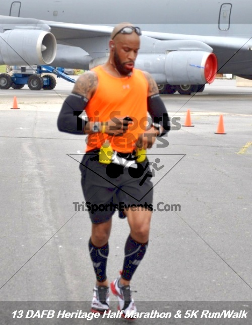 4th Dover Air Force Base Half Marathon<br><br><br><br><a href='https://www.trisportsevents.com/pics/13_DAFB_Heritage_Half_Marathon_&_5K_137.JPG' download='13_DAFB_Heritage_Half_Marathon_&_5K_137.JPG'>Click here to download.</a><Br><a href='http://www.facebook.com/sharer.php?u=http:%2F%2Fwww.trisportsevents.com%2Fpics%2F13_DAFB_Heritage_Half_Marathon_&_5K_137.JPG&t=4th Dover Air Force Base Half Marathon' target='_blank'><img src='images/fb_share.png' width='100'></a>