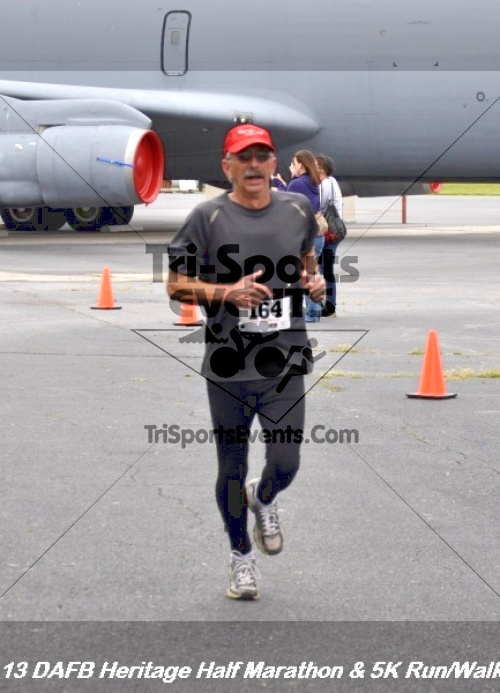 4th Dover Air Force Base Half Marathon<br><br><br><br><a href='http://www.trisportsevents.com/pics/13_DAFB_Heritage_Half_Marathon_&_5K_141.JPG' download='13_DAFB_Heritage_Half_Marathon_&_5K_141.JPG'>Click here to download.</a><Br><a href='http://www.facebook.com/sharer.php?u=http:%2F%2Fwww.trisportsevents.com%2Fpics%2F13_DAFB_Heritage_Half_Marathon_&_5K_141.JPG&t=4th Dover Air Force Base Half Marathon' target='_blank'><img src='images/fb_share.png' width='100'></a>