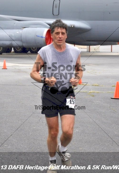 4th Dover Air Force Base Half Marathon<br><br><br><br><a href='http://www.trisportsevents.com/pics/13_DAFB_Heritage_Half_Marathon_&_5K_156.JPG' download='13_DAFB_Heritage_Half_Marathon_&_5K_156.JPG'>Click here to download.</a><Br><a href='http://www.facebook.com/sharer.php?u=http:%2F%2Fwww.trisportsevents.com%2Fpics%2F13_DAFB_Heritage_Half_Marathon_&_5K_156.JPG&t=4th Dover Air Force Base Half Marathon' target='_blank'><img src='images/fb_share.png' width='100'></a>