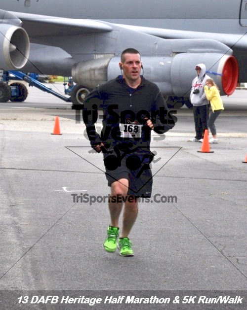 4th Dover Air Force Base Half Marathon<br><br><br><br><a href='http://www.trisportsevents.com/pics/13_DAFB_Heritage_Half_Marathon_&_5K_162.JPG' download='13_DAFB_Heritage_Half_Marathon_&_5K_162.JPG'>Click here to download.</a><Br><a href='http://www.facebook.com/sharer.php?u=http:%2F%2Fwww.trisportsevents.com%2Fpics%2F13_DAFB_Heritage_Half_Marathon_&_5K_162.JPG&t=4th Dover Air Force Base Half Marathon' target='_blank'><img src='images/fb_share.png' width='100'></a>