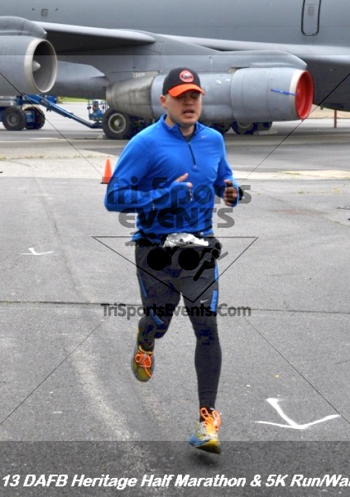 4th Dover Air Force Base Half Marathon<br><br><br><br><a href='http://www.trisportsevents.com/pics/13_DAFB_Heritage_Half_Marathon_&_5K_169.JPG' download='13_DAFB_Heritage_Half_Marathon_&_5K_169.JPG'>Click here to download.</a><Br><a href='http://www.facebook.com/sharer.php?u=http:%2F%2Fwww.trisportsevents.com%2Fpics%2F13_DAFB_Heritage_Half_Marathon_&_5K_169.JPG&t=4th Dover Air Force Base Half Marathon' target='_blank'><img src='images/fb_share.png' width='100'></a>