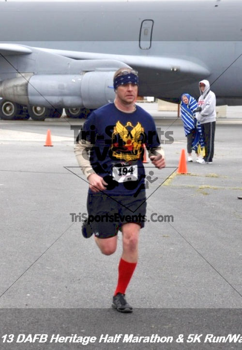 4th Dover Air Force Base Half Marathon<br><br><br><br><a href='http://www.trisportsevents.com/pics/13_DAFB_Heritage_Half_Marathon_&_5K_177.JPG' download='13_DAFB_Heritage_Half_Marathon_&_5K_177.JPG'>Click here to download.</a><Br><a href='http://www.facebook.com/sharer.php?u=http:%2F%2Fwww.trisportsevents.com%2Fpics%2F13_DAFB_Heritage_Half_Marathon_&_5K_177.JPG&t=4th Dover Air Force Base Half Marathon' target='_blank'><img src='images/fb_share.png' width='100'></a>