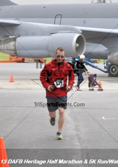 4th Dover Air Force Base Half Marathon<br><br><br><br><a href='https://www.trisportsevents.com/pics/13_DAFB_Heritage_Half_Marathon_&_5K_178.JPG' download='13_DAFB_Heritage_Half_Marathon_&_5K_178.JPG'>Click here to download.</a><Br><a href='http://www.facebook.com/sharer.php?u=http:%2F%2Fwww.trisportsevents.com%2Fpics%2F13_DAFB_Heritage_Half_Marathon_&_5K_178.JPG&t=4th Dover Air Force Base Half Marathon' target='_blank'><img src='images/fb_share.png' width='100'></a>