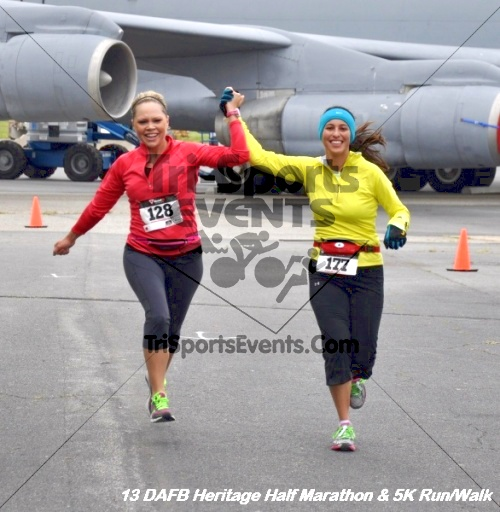 4th Dover Air Force Base Half Marathon<br><br><br><br><a href='http://www.trisportsevents.com/pics/13_DAFB_Heritage_Half_Marathon_&_5K_185.JPG' download='13_DAFB_Heritage_Half_Marathon_&_5K_185.JPG'>Click here to download.</a><Br><a href='http://www.facebook.com/sharer.php?u=http:%2F%2Fwww.trisportsevents.com%2Fpics%2F13_DAFB_Heritage_Half_Marathon_&_5K_185.JPG&t=4th Dover Air Force Base Half Marathon' target='_blank'><img src='images/fb_share.png' width='100'></a>