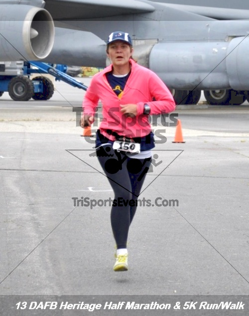 4th Dover Air Force Base Half Marathon<br><br><br><br><a href='http://www.trisportsevents.com/pics/13_DAFB_Heritage_Half_Marathon_&_5K_198.JPG' download='13_DAFB_Heritage_Half_Marathon_&_5K_198.JPG'>Click here to download.</a><Br><a href='http://www.facebook.com/sharer.php?u=http:%2F%2Fwww.trisportsevents.com%2Fpics%2F13_DAFB_Heritage_Half_Marathon_&_5K_198.JPG&t=4th Dover Air Force Base Half Marathon' target='_blank'><img src='images/fb_share.png' width='100'></a>