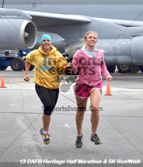 4th Dover Air Force Base Half Marathon<br><br><br><br><a href='http://www.trisportsevents.com/pics/13_DAFB_Heritage_Half_Marathon_&_5K_241.JPG' download='13_DAFB_Heritage_Half_Marathon_&_5K_241.JPG'>Click here to download.</a><Br><a href='http://www.facebook.com/sharer.php?u=http:%2F%2Fwww.trisportsevents.com%2Fpics%2F13_DAFB_Heritage_Half_Marathon_&_5K_241.JPG&t=4th Dover Air Force Base Half Marathon' target='_blank'><img src='images/fb_share.png' width='100'></a>
