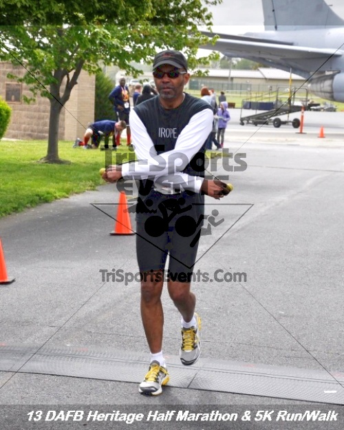 4th Dover Air Force Base Half Marathon<br><br><br><br><a href='http://www.trisportsevents.com/pics/13_DAFB_Heritage_Half_Marathon_&_5K_260.JPG' download='13_DAFB_Heritage_Half_Marathon_&_5K_260.JPG'>Click here to download.</a><Br><a href='http://www.facebook.com/sharer.php?u=http:%2F%2Fwww.trisportsevents.com%2Fpics%2F13_DAFB_Heritage_Half_Marathon_&_5K_260.JPG&t=4th Dover Air Force Base Half Marathon' target='_blank'><img src='images/fb_share.png' width='100'></a>