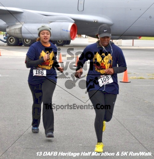 4th Dover Air Force Base Half Marathon<br><br><br><br><a href='http://www.trisportsevents.com/pics/13_DAFB_Heritage_Half_Marathon_&_5K_269.JPG' download='13_DAFB_Heritage_Half_Marathon_&_5K_269.JPG'>Click here to download.</a><Br><a href='http://www.facebook.com/sharer.php?u=http:%2F%2Fwww.trisportsevents.com%2Fpics%2F13_DAFB_Heritage_Half_Marathon_&_5K_269.JPG&t=4th Dover Air Force Base Half Marathon' target='_blank'><img src='images/fb_share.png' width='100'></a>