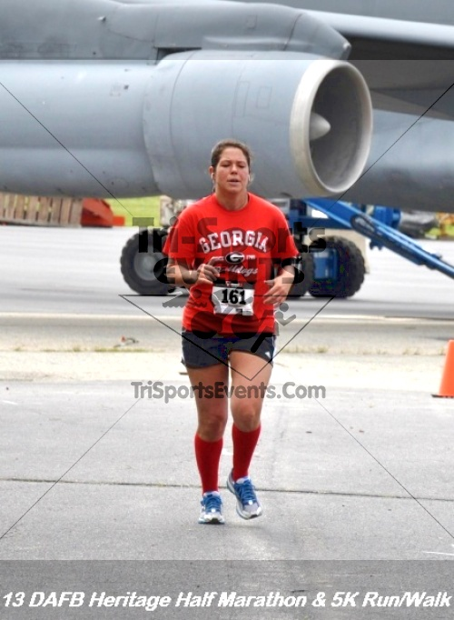 4th Dover Air Force Base Half Marathon<br><br><br><br><a href='http://www.trisportsevents.com/pics/13_DAFB_Heritage_Half_Marathon_&_5K_282.JPG' download='13_DAFB_Heritage_Half_Marathon_&_5K_282.JPG'>Click here to download.</a><Br><a href='http://www.facebook.com/sharer.php?u=http:%2F%2Fwww.trisportsevents.com%2Fpics%2F13_DAFB_Heritage_Half_Marathon_&_5K_282.JPG&t=4th Dover Air Force Base Half Marathon' target='_blank'><img src='images/fb_share.png' width='100'></a>