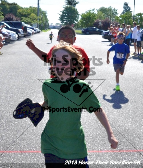 Honor Their Sacrifice 5K - Wounded Warrior Project<br><br><br><br><a href='https://www.trisportsevents.com/pics/13_Elks_5K_009.JPG' download='13_Elks_5K_009.JPG'>Click here to download.</a><Br><a href='http://www.facebook.com/sharer.php?u=http:%2F%2Fwww.trisportsevents.com%2Fpics%2F13_Elks_5K_009.JPG&t=Honor Their Sacrifice 5K - Wounded Warrior Project' target='_blank'><img src='images/fb_share.png' width='100'></a>