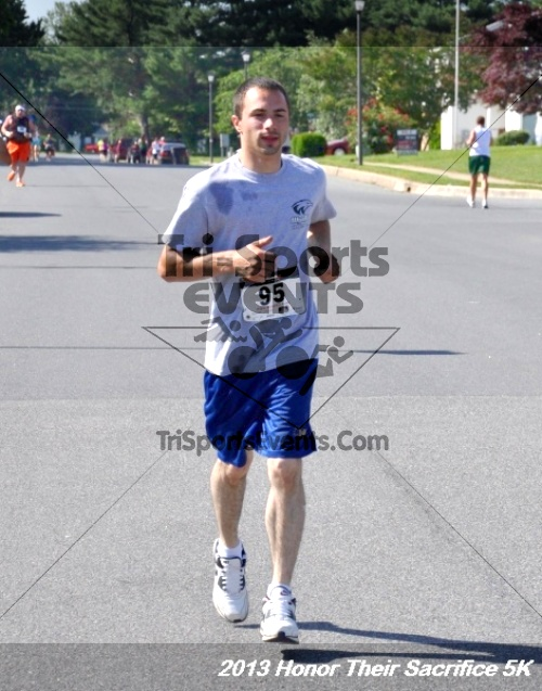 Honor Their Sacrifice 5K - Wounded Warrior Project<br><br><br><br><a href='http://www.trisportsevents.com/pics/13_Elks_5K_074.JPG' download='13_Elks_5K_074.JPG'>Click here to download.</a><Br><a href='http://www.facebook.com/sharer.php?u=http:%2F%2Fwww.trisportsevents.com%2Fpics%2F13_Elks_5K_074.JPG&t=Honor Their Sacrifice 5K - Wounded Warrior Project' target='_blank'><img src='images/fb_share.png' width='100'></a>