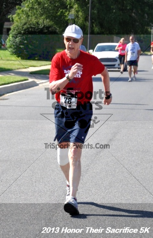 Honor Their Sacrifice 5K - Wounded Warrior Project<br><br><br><br><a href='https://www.trisportsevents.com/pics/13_Elks_5K_166.JPG' download='13_Elks_5K_166.JPG'>Click here to download.</a><Br><a href='http://www.facebook.com/sharer.php?u=http:%2F%2Fwww.trisportsevents.com%2Fpics%2F13_Elks_5K_166.JPG&t=Honor Their Sacrifice 5K - Wounded Warrior Project' target='_blank'><img src='images/fb_share.png' width='100'></a>
