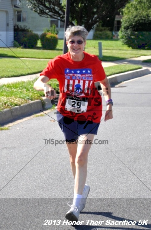 Honor Their Sacrifice 5K - Wounded Warrior Project<br><br><br><br><a href='https://www.trisportsevents.com/pics/13_Elks_5K_181.JPG' download='13_Elks_5K_181.JPG'>Click here to download.</a><Br><a href='http://www.facebook.com/sharer.php?u=http:%2F%2Fwww.trisportsevents.com%2Fpics%2F13_Elks_5K_181.JPG&t=Honor Their Sacrifice 5K - Wounded Warrior Project' target='_blank'><img src='images/fb_share.png' width='100'></a>