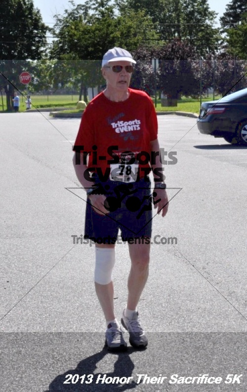 Honor Their Sacrifice 5K - Wounded Warrior Project<br><br><br><br><a href='https://www.trisportsevents.com/pics/13_Elks_5K_226.JPG' download='13_Elks_5K_226.JPG'>Click here to download.</a><Br><a href='http://www.facebook.com/sharer.php?u=http:%2F%2Fwww.trisportsevents.com%2Fpics%2F13_Elks_5K_226.JPG&t=Honor Their Sacrifice 5K - Wounded Warrior Project' target='_blank'><img src='images/fb_share.png' width='100'></a>