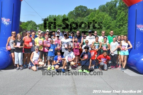 Honor Their Sacrifice 5K - Wounded Warrior Project<br><br><br><br><a href='https://www.trisportsevents.com/pics/13_Elks_5K_275.JPG' download='13_Elks_5K_275.JPG'>Click here to download.</a><Br><a href='http://www.facebook.com/sharer.php?u=http:%2F%2Fwww.trisportsevents.com%2Fpics%2F13_Elks_5K_275.JPG&t=Honor Their Sacrifice 5K - Wounded Warrior Project' target='_blank'><img src='images/fb_share.png' width='100'></a>