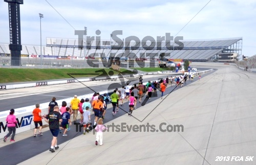 FCA 5K Run/Walk<br><br><br><br><a href='https://www.trisportsevents.com/pics/13_FCA_5K_028.JPG' download='13_FCA_5K_028.JPG'>Click here to download.</a><Br><a href='http://www.facebook.com/sharer.php?u=http:%2F%2Fwww.trisportsevents.com%2Fpics%2F13_FCA_5K_028.JPG&t=FCA 5K Run/Walk' target='_blank'><img src='images/fb_share.png' width='100'></a>
