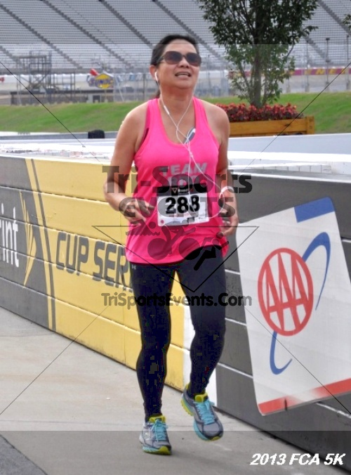 FCA 5K Run/Walk<br><br><br><br><a href='http://www.trisportsevents.com/pics/13_FCA_5K_037.JPG' download='13_FCA_5K_037.JPG'>Click here to download.</a><Br><a href='http://www.facebook.com/sharer.php?u=http:%2F%2Fwww.trisportsevents.com%2Fpics%2F13_FCA_5K_037.JPG&t=FCA 5K Run/Walk' target='_blank'><img src='images/fb_share.png' width='100'></a>