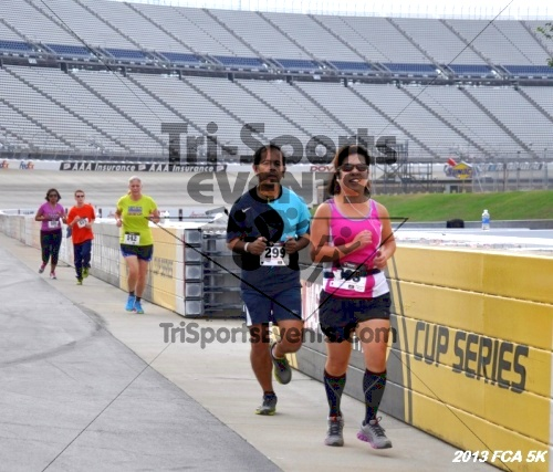 FCA 5K Run/Walk<br><br><br><br><a href='https://www.trisportsevents.com/pics/13_FCA_5K_043.JPG' download='13_FCA_5K_043.JPG'>Click here to download.</a><Br><a href='http://www.facebook.com/sharer.php?u=http:%2F%2Fwww.trisportsevents.com%2Fpics%2F13_FCA_5K_043.JPG&t=FCA 5K Run/Walk' target='_blank'><img src='images/fb_share.png' width='100'></a>