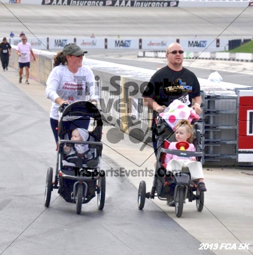 FCA 5K Run/Walk<br><br><br><br><a href='http://www.trisportsevents.com/pics/13_FCA_5K_077.JPG' download='13_FCA_5K_077.JPG'>Click here to download.</a><Br><a href='http://www.facebook.com/sharer.php?u=http:%2F%2Fwww.trisportsevents.com%2Fpics%2F13_FCA_5K_077.JPG&t=FCA 5K Run/Walk' target='_blank'><img src='images/fb_share.png' width='100'></a>