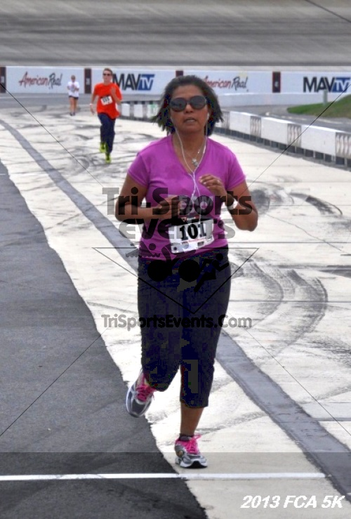 FCA 5K Run/Walk<br><br><br><br><a href='http://www.trisportsevents.com/pics/13_FCA_5K_151.JPG' download='13_FCA_5K_151.JPG'>Click here to download.</a><Br><a href='http://www.facebook.com/sharer.php?u=http:%2F%2Fwww.trisportsevents.com%2Fpics%2F13_FCA_5K_151.JPG&t=FCA 5K Run/Walk' target='_blank'><img src='images/fb_share.png' width='100'></a>
