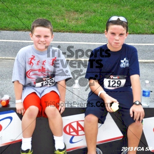 FCA 5K Run/Walk<br><br><br><br><a href='https://www.trisportsevents.com/pics/13_FCA_5K_194.JPG' download='13_FCA_5K_194.JPG'>Click here to download.</a><Br><a href='http://www.facebook.com/sharer.php?u=http:%2F%2Fwww.trisportsevents.com%2Fpics%2F13_FCA_5K_194.JPG&t=FCA 5K Run/Walk' target='_blank'><img src='images/fb_share.png' width='100'></a>