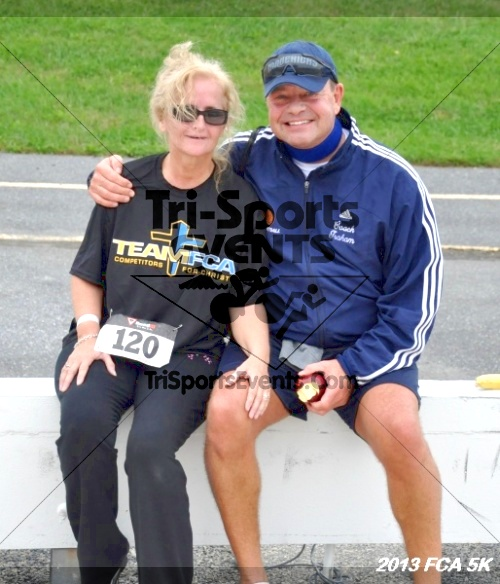 FCA 5K Run/Walk<br><br><br><br><a href='http://www.trisportsevents.com/pics/13_FCA_5K_198.JPG' download='13_FCA_5K_198.JPG'>Click here to download.</a><Br><a href='http://www.facebook.com/sharer.php?u=http:%2F%2Fwww.trisportsevents.com%2Fpics%2F13_FCA_5K_198.JPG&t=FCA 5K Run/Walk' target='_blank'><img src='images/fb_share.png' width='100'></a>