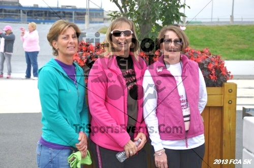 FCA 5K Run/Walk<br><br><br><br><a href='https://www.trisportsevents.com/pics/13_FCA_5K_229.JPG' download='13_FCA_5K_229.JPG'>Click here to download.</a><Br><a href='http://www.facebook.com/sharer.php?u=http:%2F%2Fwww.trisportsevents.com%2Fpics%2F13_FCA_5K_229.JPG&t=FCA 5K Run/Walk' target='_blank'><img src='images/fb_share.png' width='100'></a>