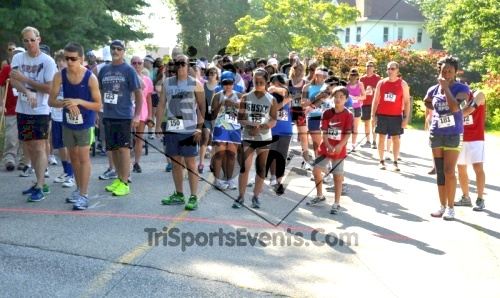 14th Freedom 5K<br><br><br><br><a href='http://www.trisportsevents.com/pics/13_Freedom_5K_012.JPG' download='13_Freedom_5K_012.JPG'>Click here to download.</a><Br><a href='http://www.facebook.com/sharer.php?u=http:%2F%2Fwww.trisportsevents.com%2Fpics%2F13_Freedom_5K_012.JPG&t=14th Freedom 5K' target='_blank'><img src='images/fb_share.png' width='100'></a>