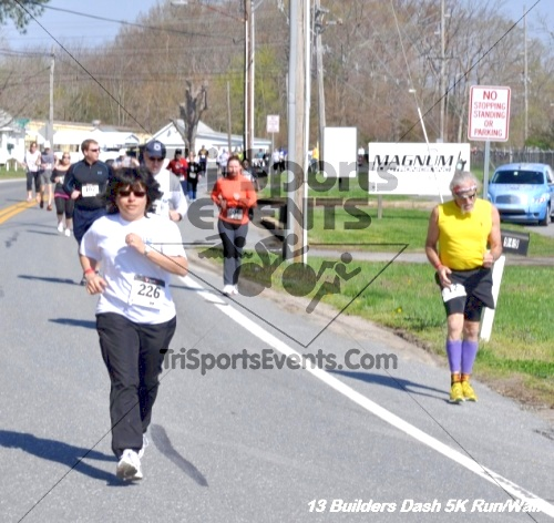 Builder's Dash 5K Run/Walk<br><br><br><br><a href='http://www.trisportsevents.com/pics/13_Habitat_5K_084.JPG' download='13_Habitat_5K_084.JPG'>Click here to download.</a><Br><a href='http://www.facebook.com/sharer.php?u=http:%2F%2Fwww.trisportsevents.com%2Fpics%2F13_Habitat_5K_084.JPG&t=Builder's Dash 5K Run/Walk' target='_blank'><img src='images/fb_share.png' width='100'></a>