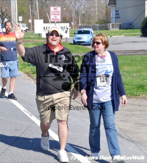 Builder's Dash 5K Run/Walk<br><br><br><br><a href='http://www.trisportsevents.com/pics/13_Habitat_5K_107.JPG' download='13_Habitat_5K_107.JPG'>Click here to download.</a><Br><a href='http://www.facebook.com/sharer.php?u=http:%2F%2Fwww.trisportsevents.com%2Fpics%2F13_Habitat_5K_107.JPG&t=Builder's Dash 5K Run/Walk' target='_blank'><img src='images/fb_share.png' width='100'></a>