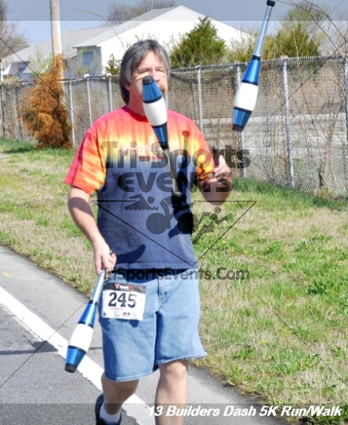 Builder's Dash 5K Run/Walk<br><br><br><br><a href='http://www.trisportsevents.com/pics/13_Habitat_5K_126.JPG' download='13_Habitat_5K_126.JPG'>Click here to download.</a><Br><a href='http://www.facebook.com/sharer.php?u=http:%2F%2Fwww.trisportsevents.com%2Fpics%2F13_Habitat_5K_126.JPG&t=Builder's Dash 5K Run/Walk' target='_blank'><img src='images/fb_share.png' width='100'></a>