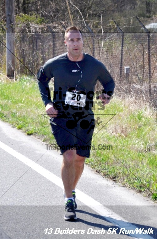 Builder's Dash 5K Run/Walk<br><br><br><br><a href='http://www.trisportsevents.com/pics/13_Habitat_5K_158.JPG' download='13_Habitat_5K_158.JPG'>Click here to download.</a><Br><a href='http://www.facebook.com/sharer.php?u=http:%2F%2Fwww.trisportsevents.com%2Fpics%2F13_Habitat_5K_158.JPG&t=Builder's Dash 5K Run/Walk' target='_blank'><img src='images/fb_share.png' width='100'></a>