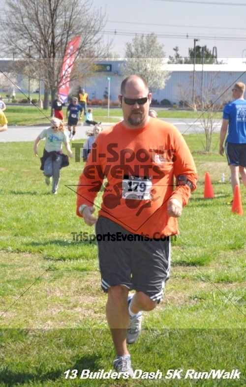 Builder's Dash 5K Run/Walk<br><br><br><br><a href='http://www.trisportsevents.com/pics/13_Habitat_5K_205.JPG' download='13_Habitat_5K_205.JPG'>Click here to download.</a><Br><a href='http://www.facebook.com/sharer.php?u=http:%2F%2Fwww.trisportsevents.com%2Fpics%2F13_Habitat_5K_205.JPG&t=Builder's Dash 5K Run/Walk' target='_blank'><img src='images/fb_share.png' width='100'></a>