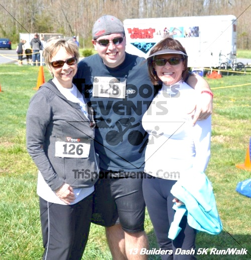 Builder's Dash 5K Run/Walk<br><br><br><br><a href='http://www.trisportsevents.com/pics/13_Habitat_5K_265.JPG' download='13_Habitat_5K_265.JPG'>Click here to download.</a><Br><a href='http://www.facebook.com/sharer.php?u=http:%2F%2Fwww.trisportsevents.com%2Fpics%2F13_Habitat_5K_265.JPG&t=Builder's Dash 5K Run/Walk' target='_blank'><img src='images/fb_share.png' width='100'></a>