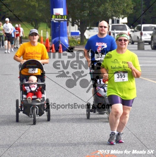 Miles for Meals 5K<br><br><br><br><a href='http://www.trisportsevents.com/pics/13_Miles_for_Meals_5K_032.JPG' download='13_Miles_for_Meals_5K_032.JPG'>Click here to download.</a><Br><a href='http://www.facebook.com/sharer.php?u=http:%2F%2Fwww.trisportsevents.com%2Fpics%2F13_Miles_for_Meals_5K_032.JPG&t=Miles for Meals 5K' target='_blank'><img src='images/fb_share.png' width='100'></a>