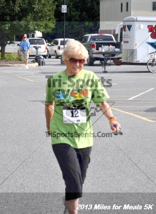 Miles for Meals 5K<br><br><br><br><a href='http://www.trisportsevents.com/pics/13_Miles_for_Meals_5K_042.JPG' download='13_Miles_for_Meals_5K_042.JPG'>Click here to download.</a><Br><a href='http://www.facebook.com/sharer.php?u=http:%2F%2Fwww.trisportsevents.com%2Fpics%2F13_Miles_for_Meals_5K_042.JPG&t=Miles for Meals 5K' target='_blank'><img src='images/fb_share.png' width='100'></a>