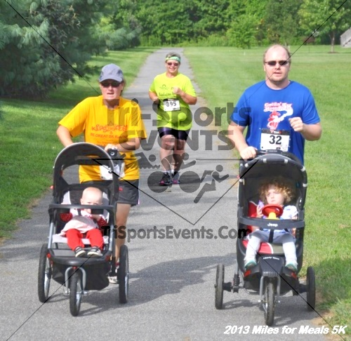 Miles for Meals 5K<br><br><br><br><a href='http://www.trisportsevents.com/pics/13_Miles_for_Meals_5K_076.JPG' download='13_Miles_for_Meals_5K_076.JPG'>Click here to download.</a><Br><a href='http://www.facebook.com/sharer.php?u=http:%2F%2Fwww.trisportsevents.com%2Fpics%2F13_Miles_for_Meals_5K_076.JPG&t=Miles for Meals 5K' target='_blank'><img src='images/fb_share.png' width='100'></a>