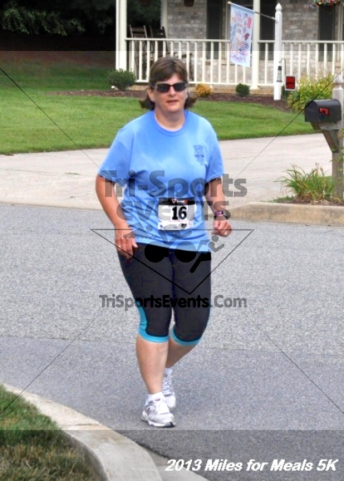 Miles for Meals 5K<br><br><br><br><a href='https://www.trisportsevents.com/pics/13_Miles_for_Meals_5K_101.JPG' download='13_Miles_for_Meals_5K_101.JPG'>Click here to download.</a><Br><a href='http://www.facebook.com/sharer.php?u=http:%2F%2Fwww.trisportsevents.com%2Fpics%2F13_Miles_for_Meals_5K_101.JPG&t=Miles for Meals 5K' target='_blank'><img src='images/fb_share.png' width='100'></a>