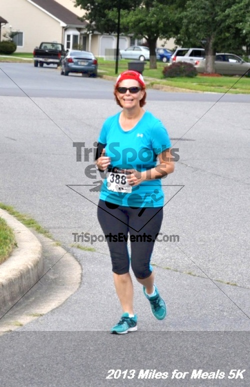 Miles for Meals 5K<br><br><br><br><a href='http://www.trisportsevents.com/pics/13_Miles_for_Meals_5K_102.JPG' download='13_Miles_for_Meals_5K_102.JPG'>Click here to download.</a><Br><a href='http://www.facebook.com/sharer.php?u=http:%2F%2Fwww.trisportsevents.com%2Fpics%2F13_Miles_for_Meals_5K_102.JPG&t=Miles for Meals 5K' target='_blank'><img src='images/fb_share.png' width='100'></a>