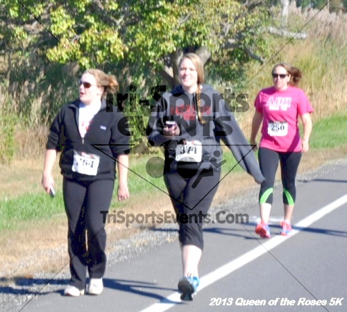 Queen of the Roses 5K<br><br><br><br><a href='http://www.trisportsevents.com/pics/13_Queen_of_the_Roses_5K_031.JPG' download='13_Queen_of_the_Roses_5K_031.JPG'>Click here to download.</a><Br><a href='http://www.facebook.com/sharer.php?u=http:%2F%2Fwww.trisportsevents.com%2Fpics%2F13_Queen_of_the_Roses_5K_031.JPG&t=Queen of the Roses 5K' target='_blank'><img src='images/fb_share.png' width='100'></a>