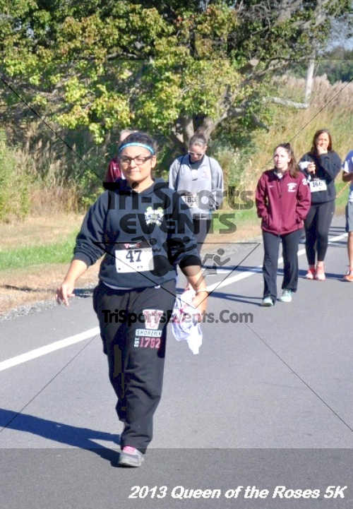 Queen of the Roses 5K<br><br><br><br><a href='http://www.trisportsevents.com/pics/13_Queen_of_the_Roses_5K_046.JPG' download='13_Queen_of_the_Roses_5K_046.JPG'>Click here to download.</a><Br><a href='http://www.facebook.com/sharer.php?u=http:%2F%2Fwww.trisportsevents.com%2Fpics%2F13_Queen_of_the_Roses_5K_046.JPG&t=Queen of the Roses 5K' target='_blank'><img src='images/fb_share.png' width='100'></a>