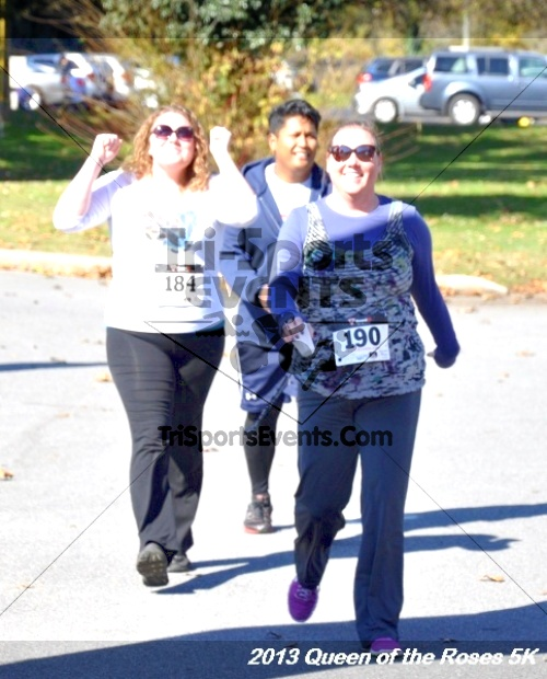 Queen of the Roses 5K<br><br><br><br><a href='http://www.trisportsevents.com/pics/13_Queen_of_the_Roses_5K_135.JPG' download='13_Queen_of_the_Roses_5K_135.JPG'>Click here to download.</a><Br><a href='http://www.facebook.com/sharer.php?u=http:%2F%2Fwww.trisportsevents.com%2Fpics%2F13_Queen_of_the_Roses_5K_135.JPG&t=Queen of the Roses 5K' target='_blank'><img src='images/fb_share.png' width='100'></a>