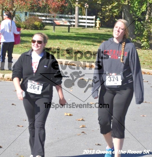 Queen of the Roses 5K<br><br><br><br><a href='http://www.trisportsevents.com/pics/13_Queen_of_the_Roses_5K_141.JPG' download='13_Queen_of_the_Roses_5K_141.JPG'>Click here to download.</a><Br><a href='http://www.facebook.com/sharer.php?u=http:%2F%2Fwww.trisportsevents.com%2Fpics%2F13_Queen_of_the_Roses_5K_141.JPG&t=Queen of the Roses 5K' target='_blank'><img src='images/fb_share.png' width='100'></a>