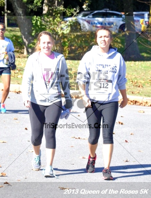 Queen of the Roses 5K<br><br><br><br><a href='http://www.trisportsevents.com/pics/13_Queen_of_the_Roses_5K_142.JPG' download='13_Queen_of_the_Roses_5K_142.JPG'>Click here to download.</a><Br><a href='http://www.facebook.com/sharer.php?u=http:%2F%2Fwww.trisportsevents.com%2Fpics%2F13_Queen_of_the_Roses_5K_142.JPG&t=Queen of the Roses 5K' target='_blank'><img src='images/fb_share.png' width='100'></a>