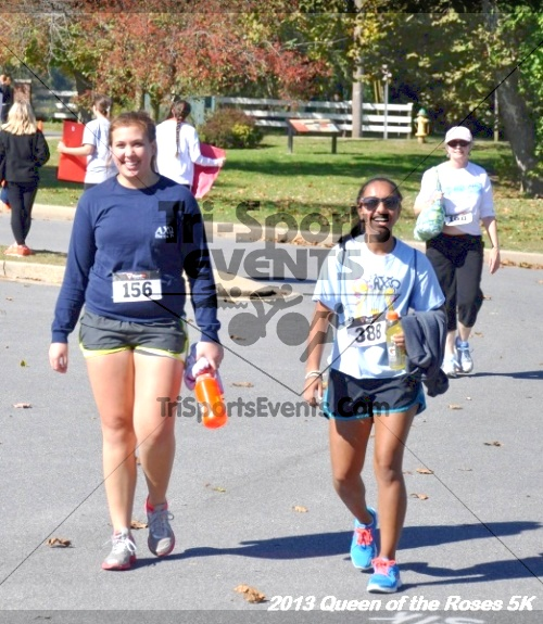 Queen of the Roses 5K<br><br><br><br><a href='https://www.trisportsevents.com/pics/13_Queen_of_the_Roses_5K_143.JPG' download='13_Queen_of_the_Roses_5K_143.JPG'>Click here to download.</a><Br><a href='http://www.facebook.com/sharer.php?u=http:%2F%2Fwww.trisportsevents.com%2Fpics%2F13_Queen_of_the_Roses_5K_143.JPG&t=Queen of the Roses 5K' target='_blank'><img src='images/fb_share.png' width='100'></a>